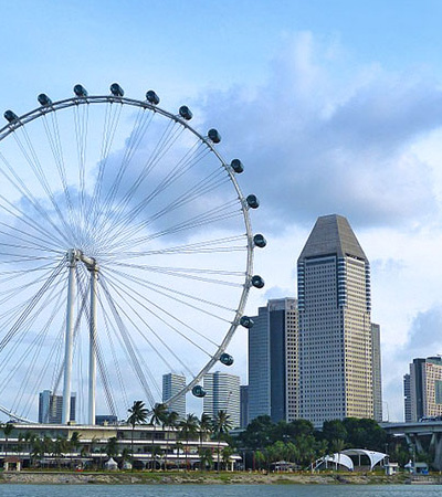 Singapore – Hubby's second home. Singapore feels as safe as Vienna is